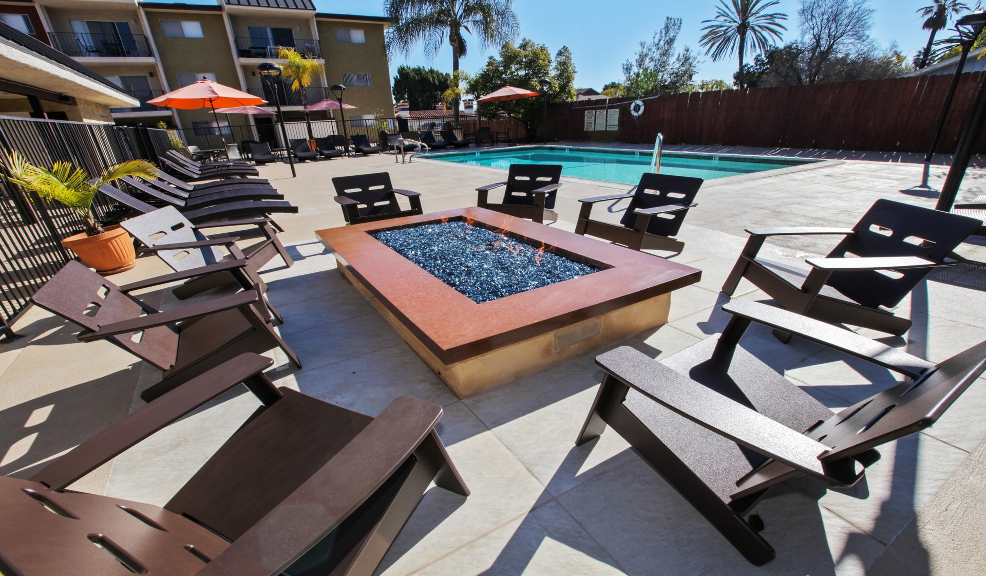 Villas of Pasadena Apartment Homes | Swimming Pool